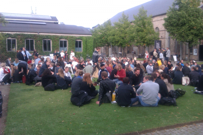 Freitagsbar vor der Mensa - Erasmus in Kopenhagen